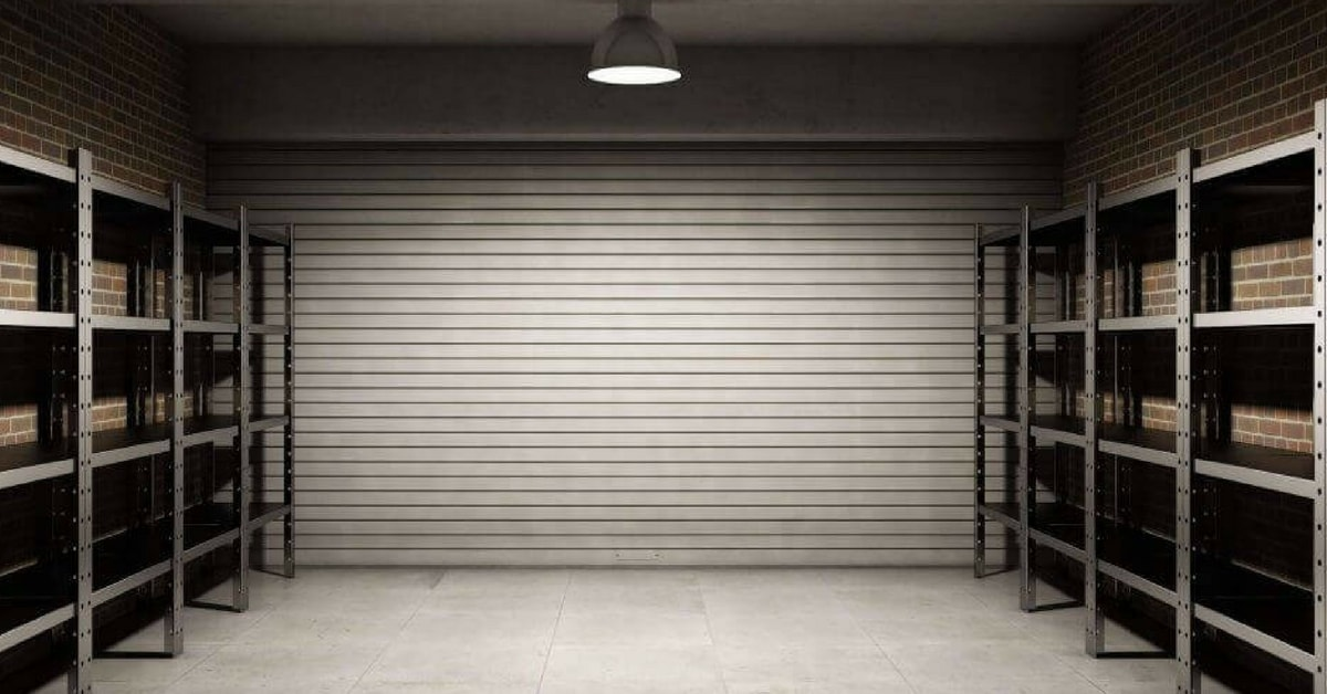 A Complete Guide To Residential Rolling Garage Doors